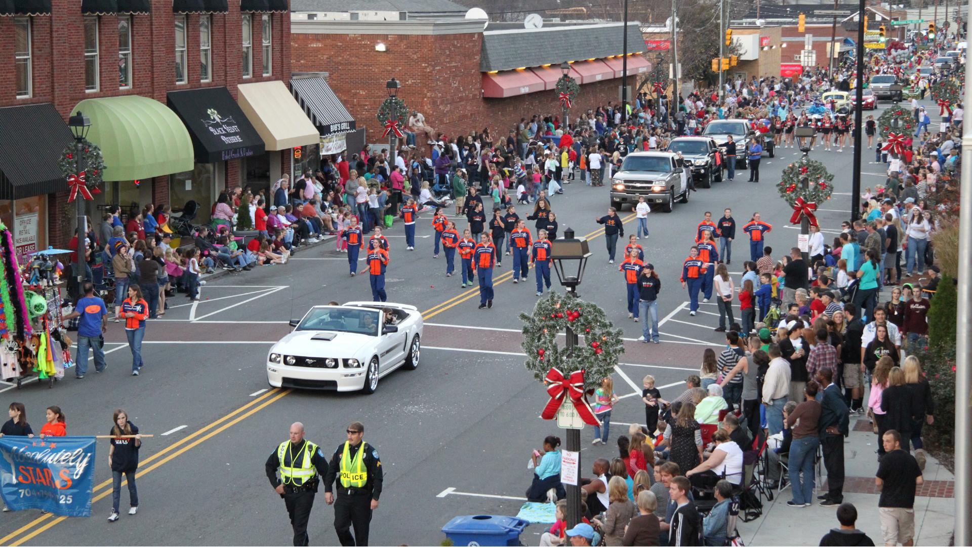 Mooresville Christmas Parade